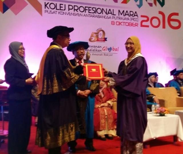 Majlis Konvokesyen Kolej Professional MARA 2016 dirasmikan oleh YBhg. Prof. Emeritus Datuk Dr. Abu Azam Md Yassin yang berlangsung di PICC Putrajaya