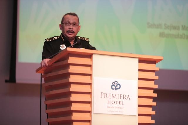 Ketua Pesuruhjaya Suruhanjaya Pencegahan rasuah Malaysia, Datuk Dzulkifli Ahmad berucap ketika sambutan Hari Anti Rasuah Antarabangsa 2016. Foto oleh Tarmizi (Bahagian Teknologi, Kreatif dan Multimedia MARA)