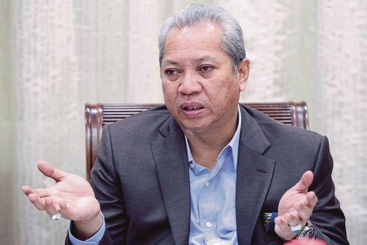 KUALA LUMPUR 22 NOVEMBER 2016. Ketua Penerangan UMNO, Tan Sri Annuar Musa, ketika ditemui di  Pusat Dagangan Dunia Putra (PWTC), Kuala Lumpur. NSTP/MOHAMAD SHAHRIL BADRI SAALI