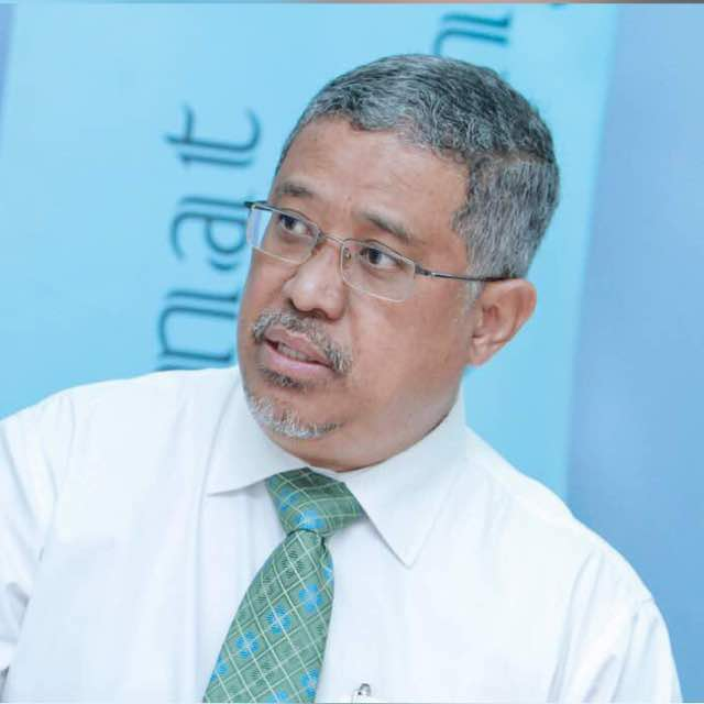 Dr Daud Ismail MRA