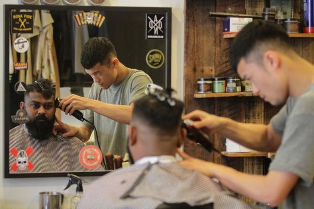 YM20161205_hipster_barber_02
